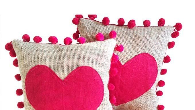 Celebrating a Memorable Valentine's Propose Day with Five Trendy Gifts Online
