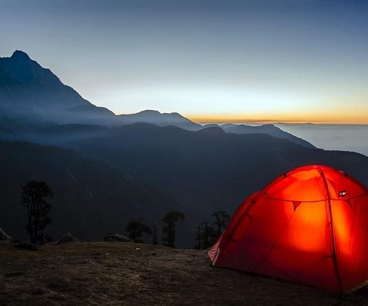 7 Factors To Consider When Choosing a Camping Tent